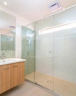 Frameless Shower Screens Brisbane Gold Coast Indooroopilly New Farm